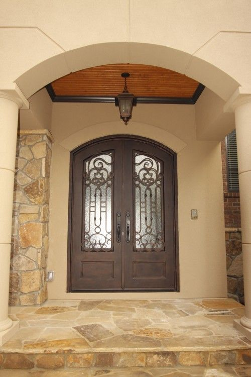Door Color With Stone And Stucco Love The Beadboard On The