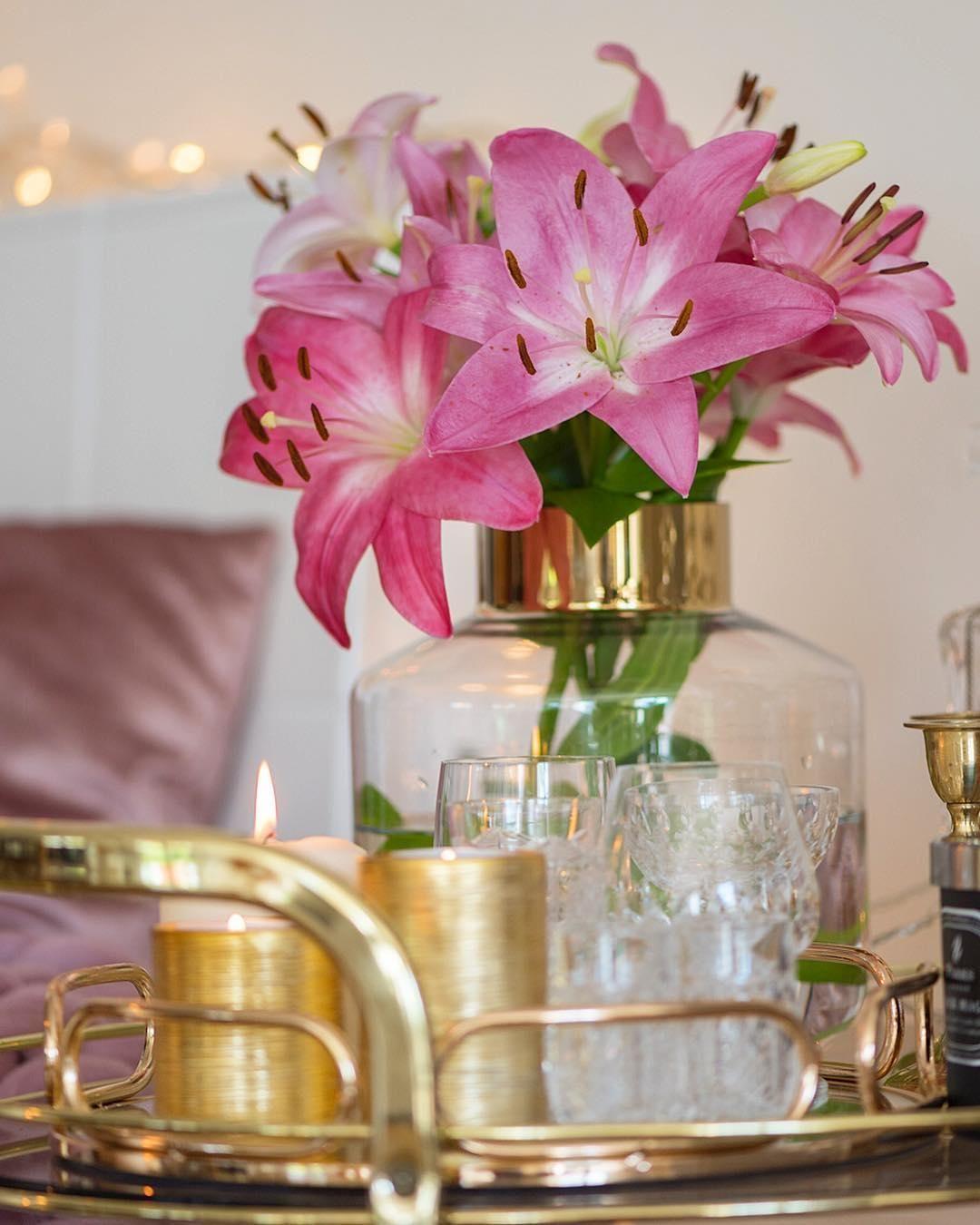 Dieses Barwagen Styling Ist Einfach Nur Elegant! Kerzenschein, Frische  Blumen,
