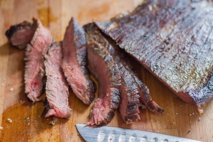 We're big fans of having a delicious, protein-filled dish served for dinner — and this sous vide Kahlua-marinated flank steak is the one of our favorites. When prepared in the Anova Sous Vide Precision Cooker, it's the most tender flank steak you'll ever have. Slice it up and have it for dinner, or cook it with eggs in the morning. It's also fantastic for sandwiches.