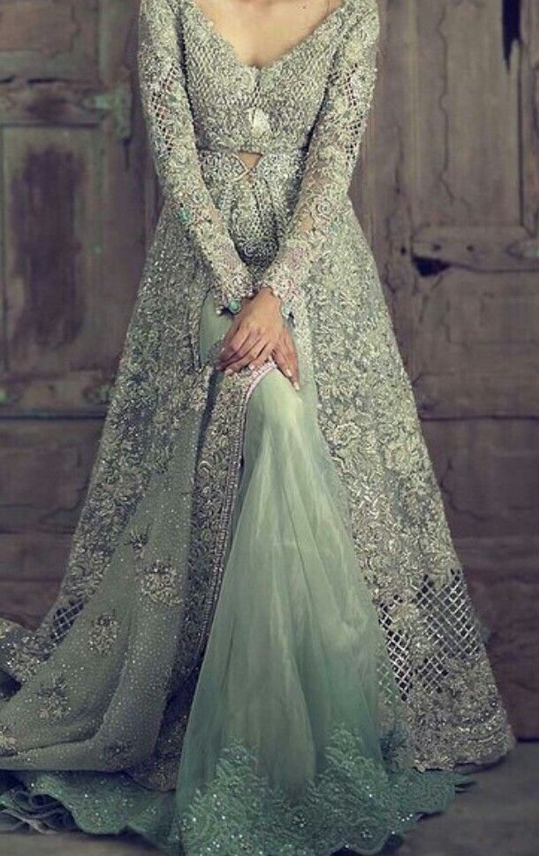 This bridal gown is so Indo-Western <3 |browngirl Magazine ...