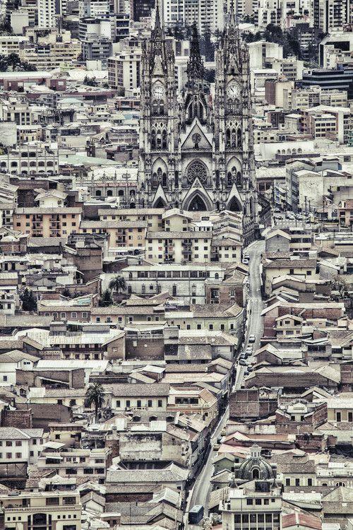 westeastsouthnorth:  Quito, Ecuador