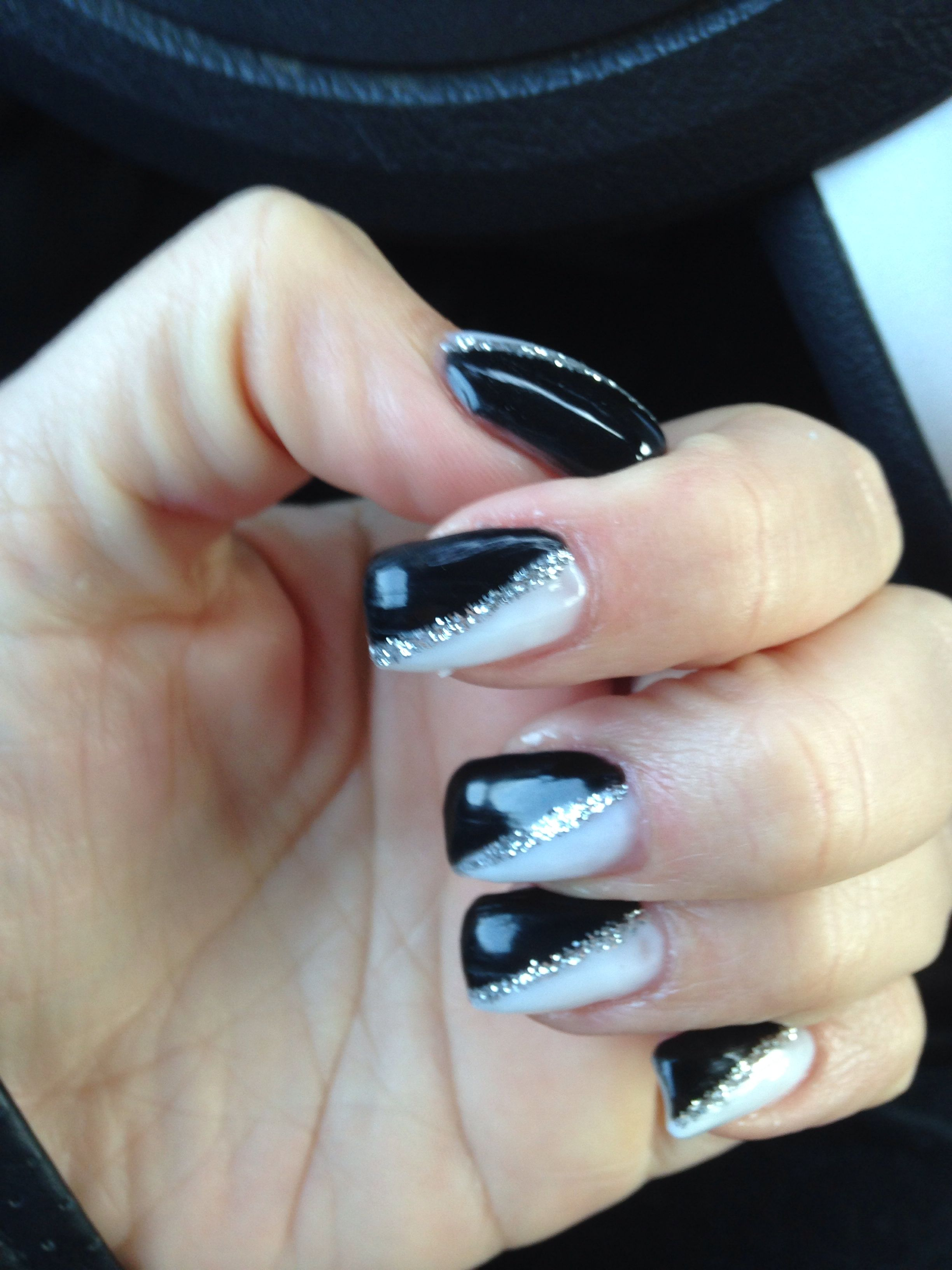Gel Nails Black White And Silver White And Silver Nails Silver Nail Designs White Nail Designs