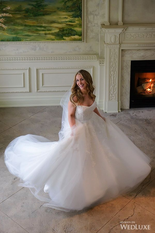 4993903657418 WedLuxe – A New Year's Eve Wedding with the bride wearing Monique Lhuillier  | Photography by: Storey Wilkins Photography Follow @WedLuxe for more  wedding ...