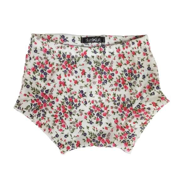 2dcb4a0c8 Floral Shorties - Bummies - Baby shorts - Toddler shorts - Baby girl shorts  - Baby boy shorts - Baby