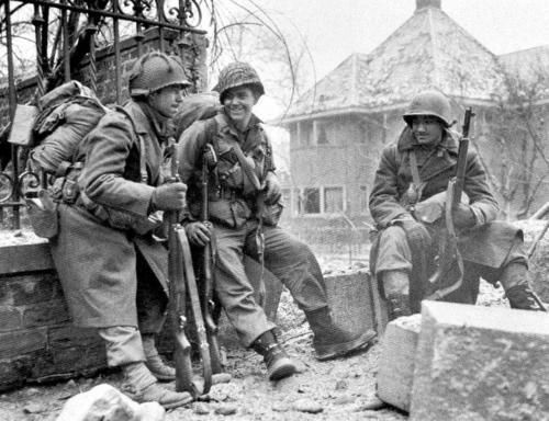 Image result for ww2 AMERICAN soldiers in the ardennes