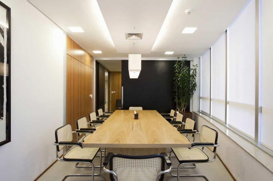 Office Workspace Conference Room Decoration Arrangement As