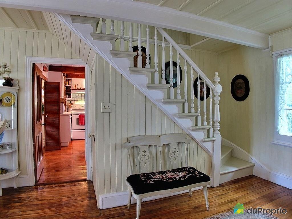 Decoration pour maison ancestrale recherche google for Accessoires decoration maison quebec