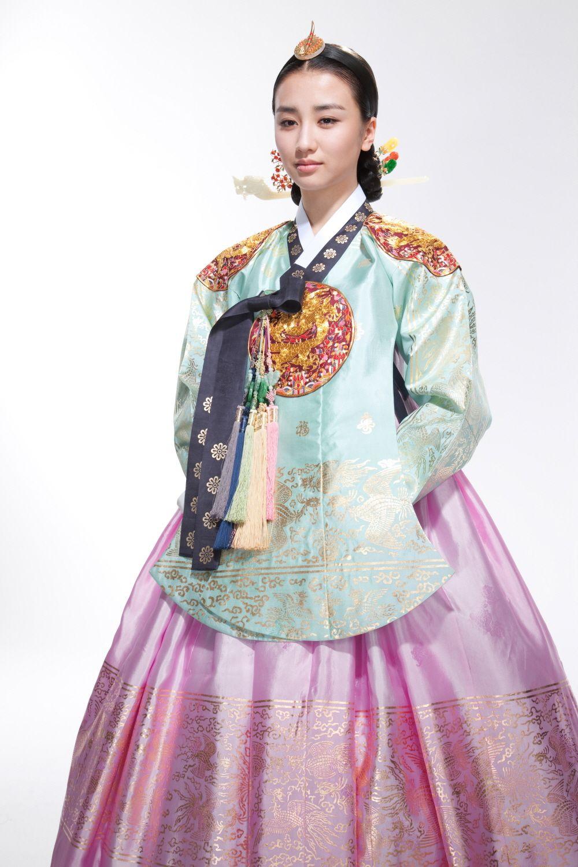 korea joseon dynasty queens hanbok with dangui type