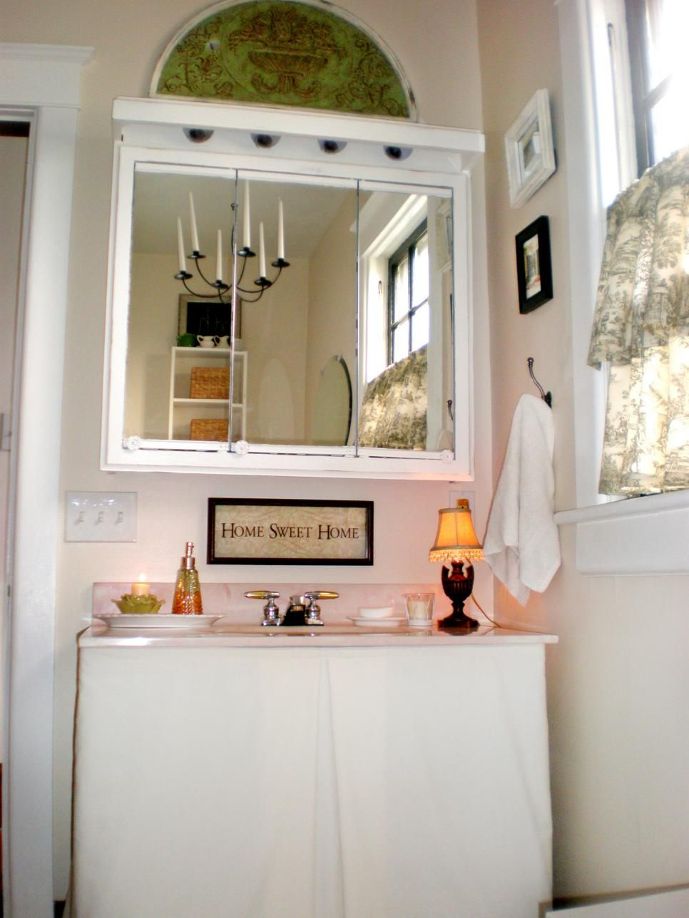 Budget bathroom remodels remodeling ideas hgtv and investment house