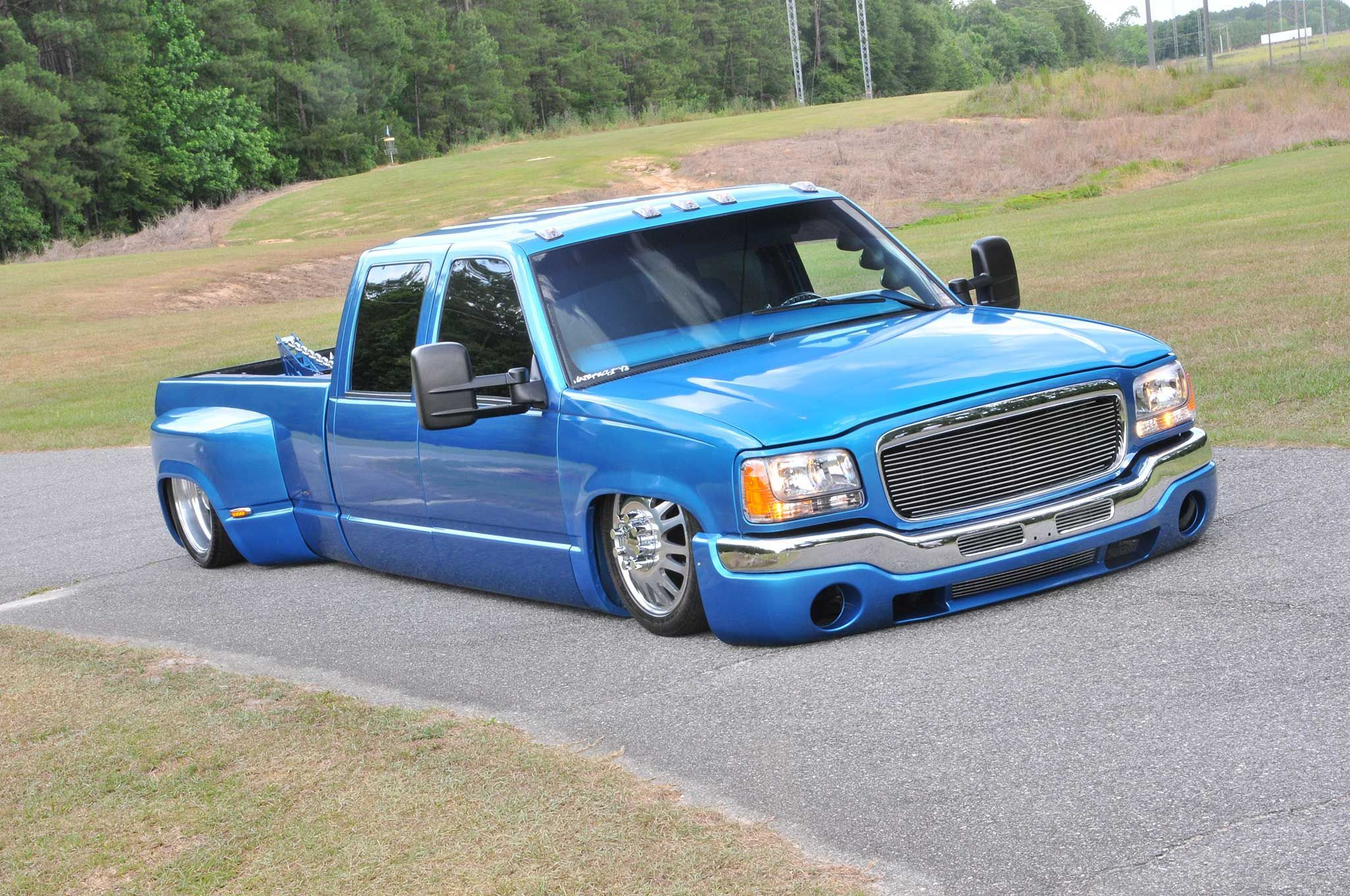 2000 chevy 3500 crew cab dually with escalade caddy front clip