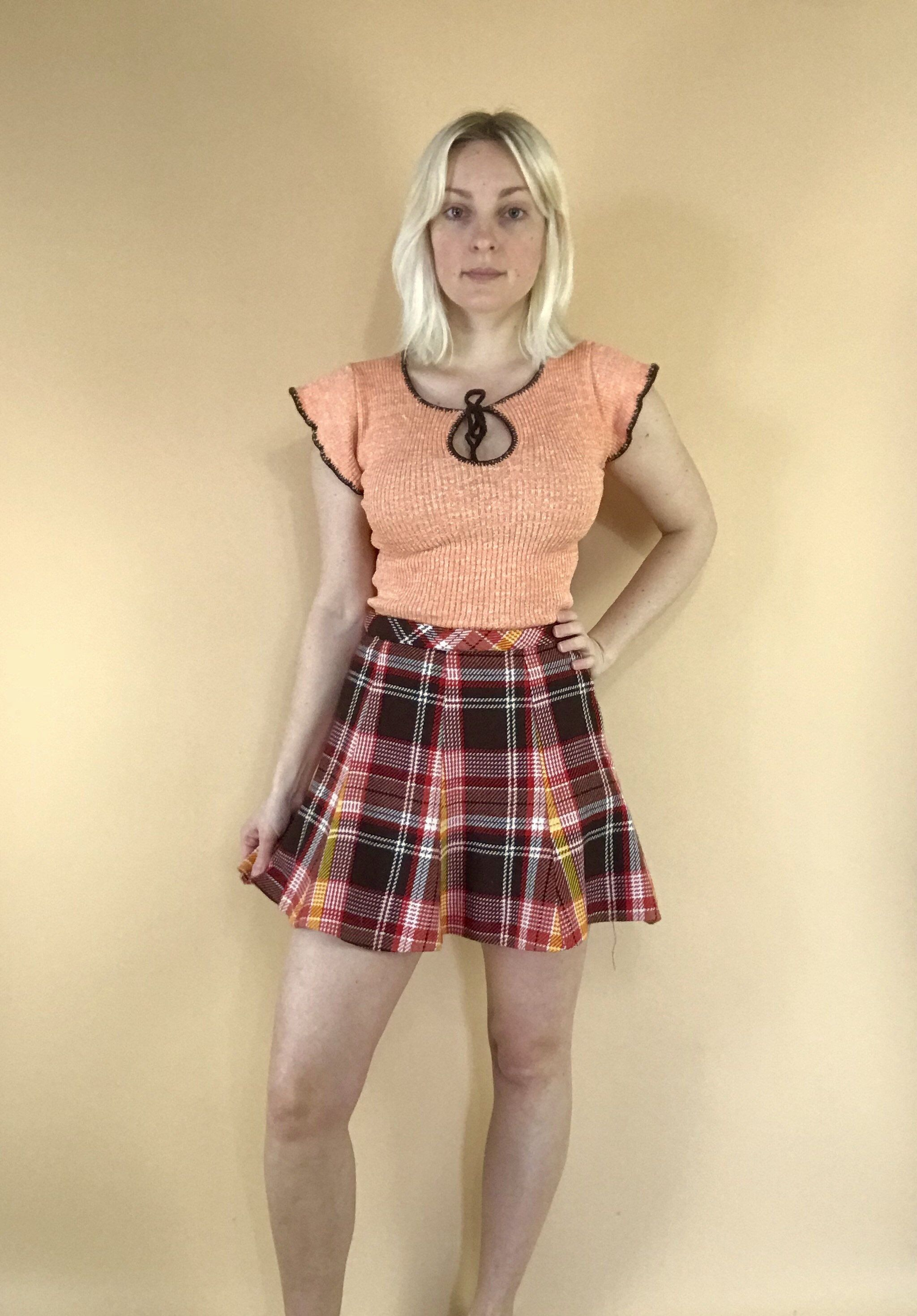 0c1cc33de9 1970s plaid mini skirt vintage Bobbie Brooks tartan high waisted micro mini  skirt retro 70s school girl uniform pleated skirt 26/27