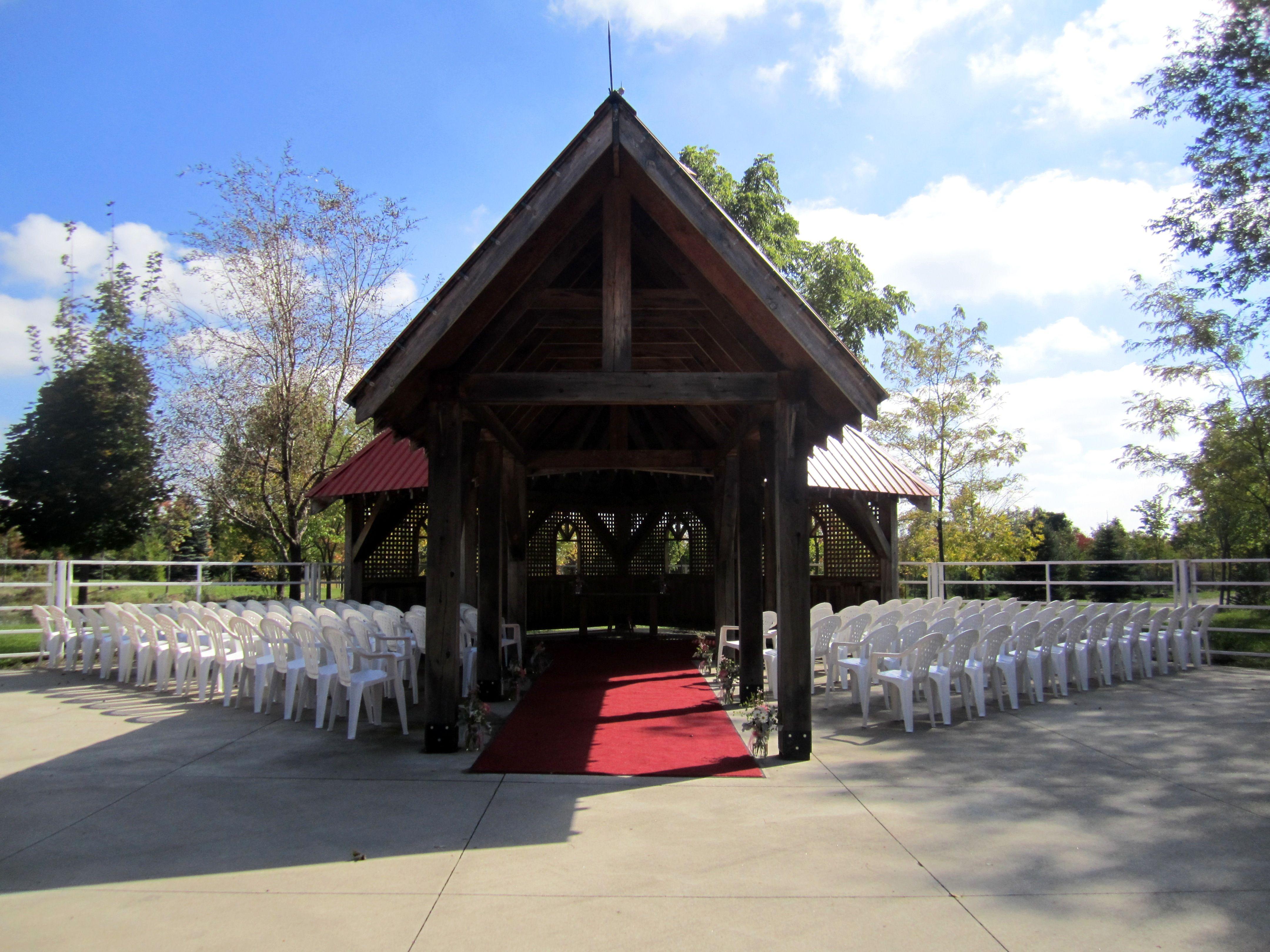simple outdoor ceremony area for Jennifer & Ken's wedding, Belcroft Estates, Innisfil, ON