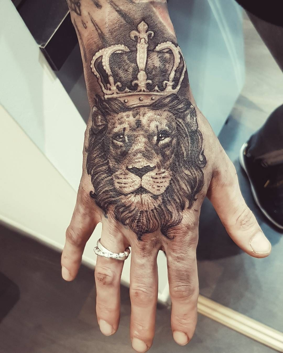 Lion Tattoo Tattoos Ink Inked Tattooed Tattoist Art Design Instaart Instagood Handtattoo Lion Hand Tattoo Hand Tattoos Hand Tattoo Images