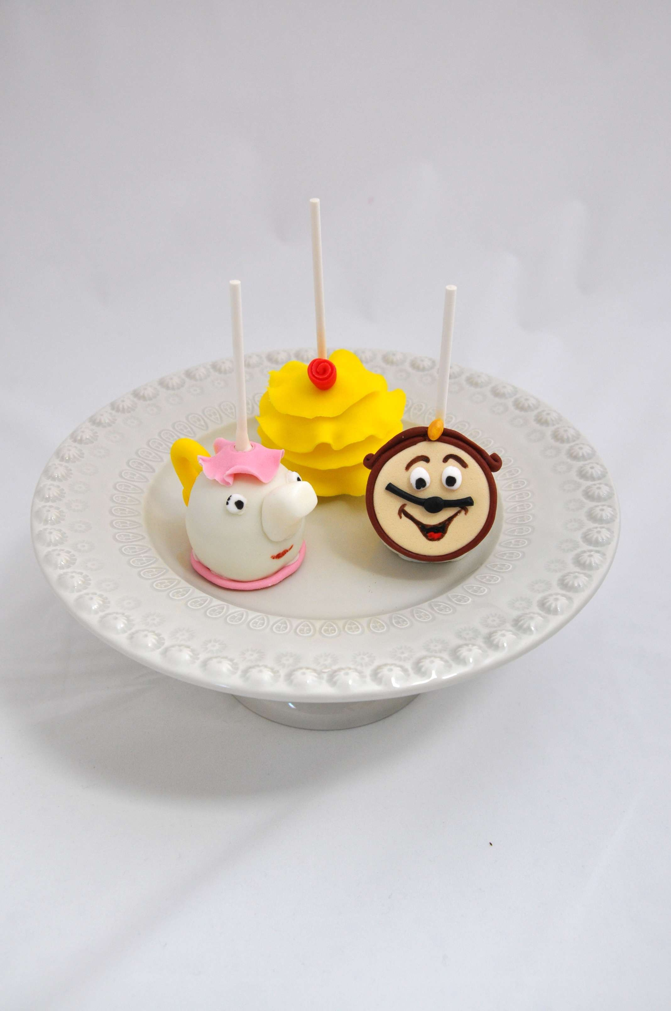 Cakepops - Bela e Monstro