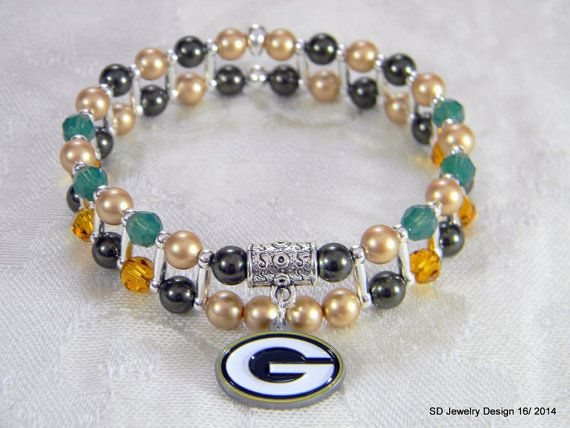 NFL Green Bay Packers Charm Stretch Bracelet by SDJewelryDesign16, $25.00