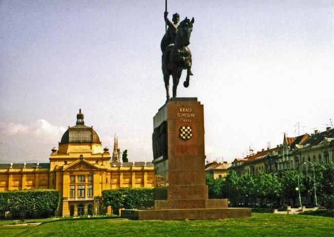 Zagreb Capital Of Croatia Statue Of King Tomislav In His Eponymous Square In Zagreb Tomislav Reigned From 910 To 928 First A Croatia Zagreb Central Europe
