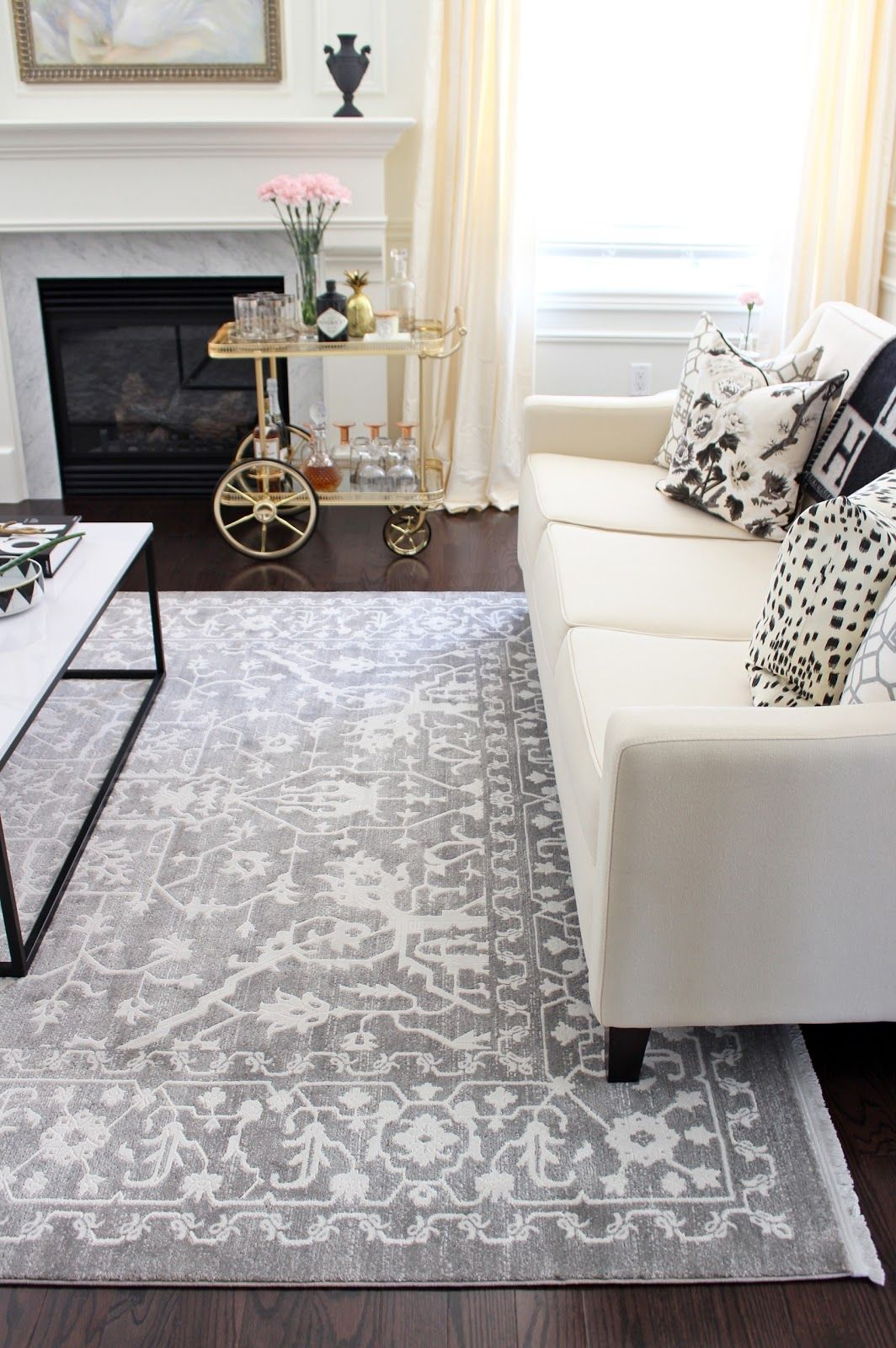 Create An Inviting Entruwau Living Room Rugs When Uour Front Door