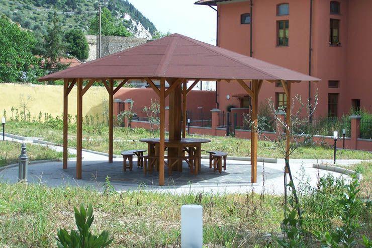 Gazebo ottagonale in legno giardino pinterest gazebo for Gazebo in legno bricoman