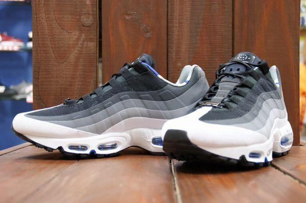 "Terrible cosa Touhou  Nike Air Max ""HomeTurf"" – London Collection - SneakerNews.com | Nike air  max 95, Nike air max, Nike"