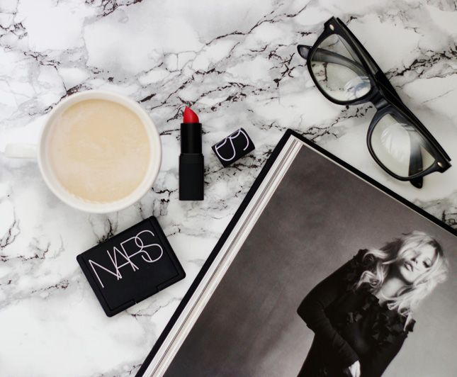 How to take a perfect flatlay