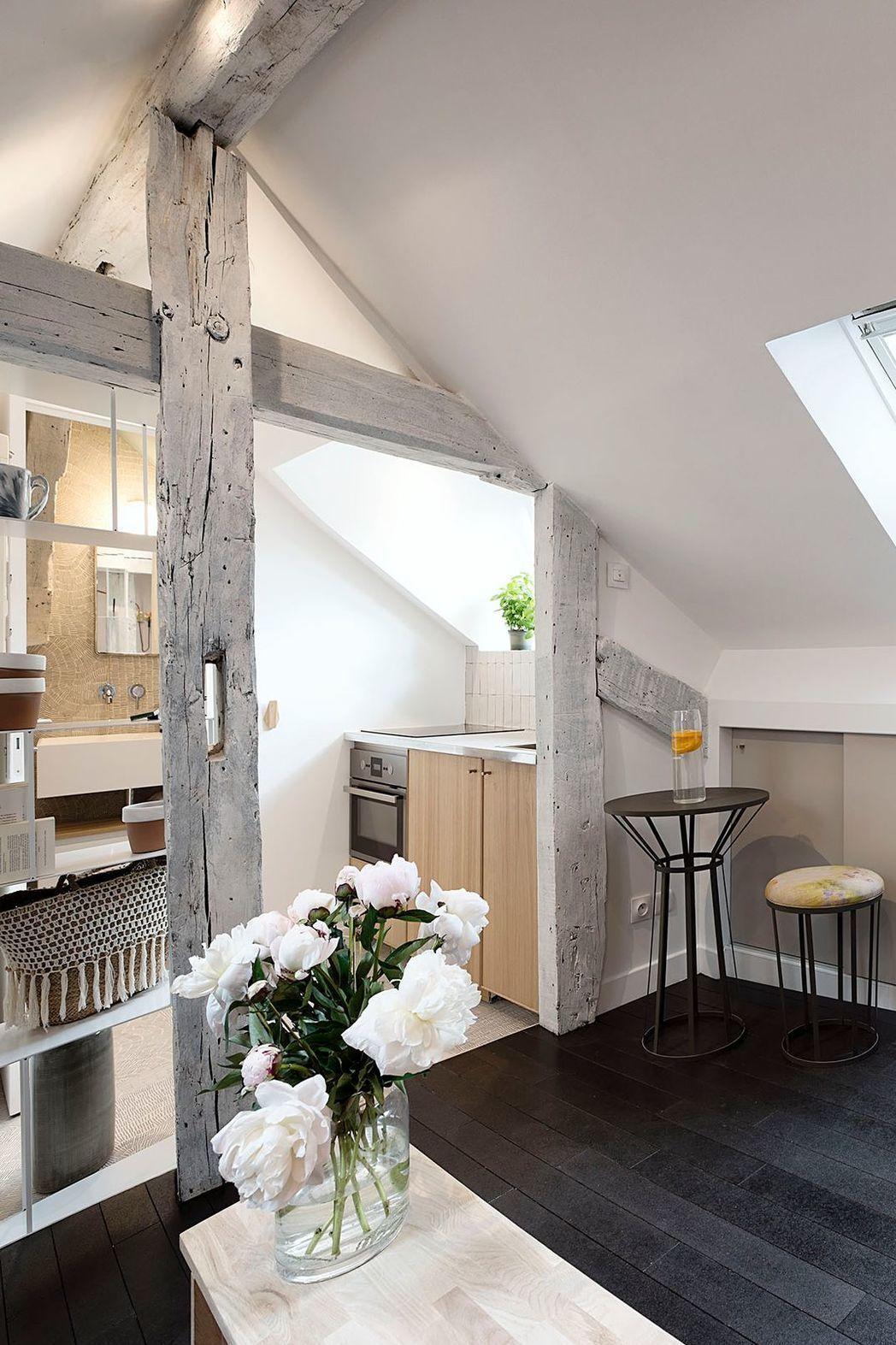 Chambre de bonne paris petits espaces transform s par - Architecte interieur paris petite surface ...
