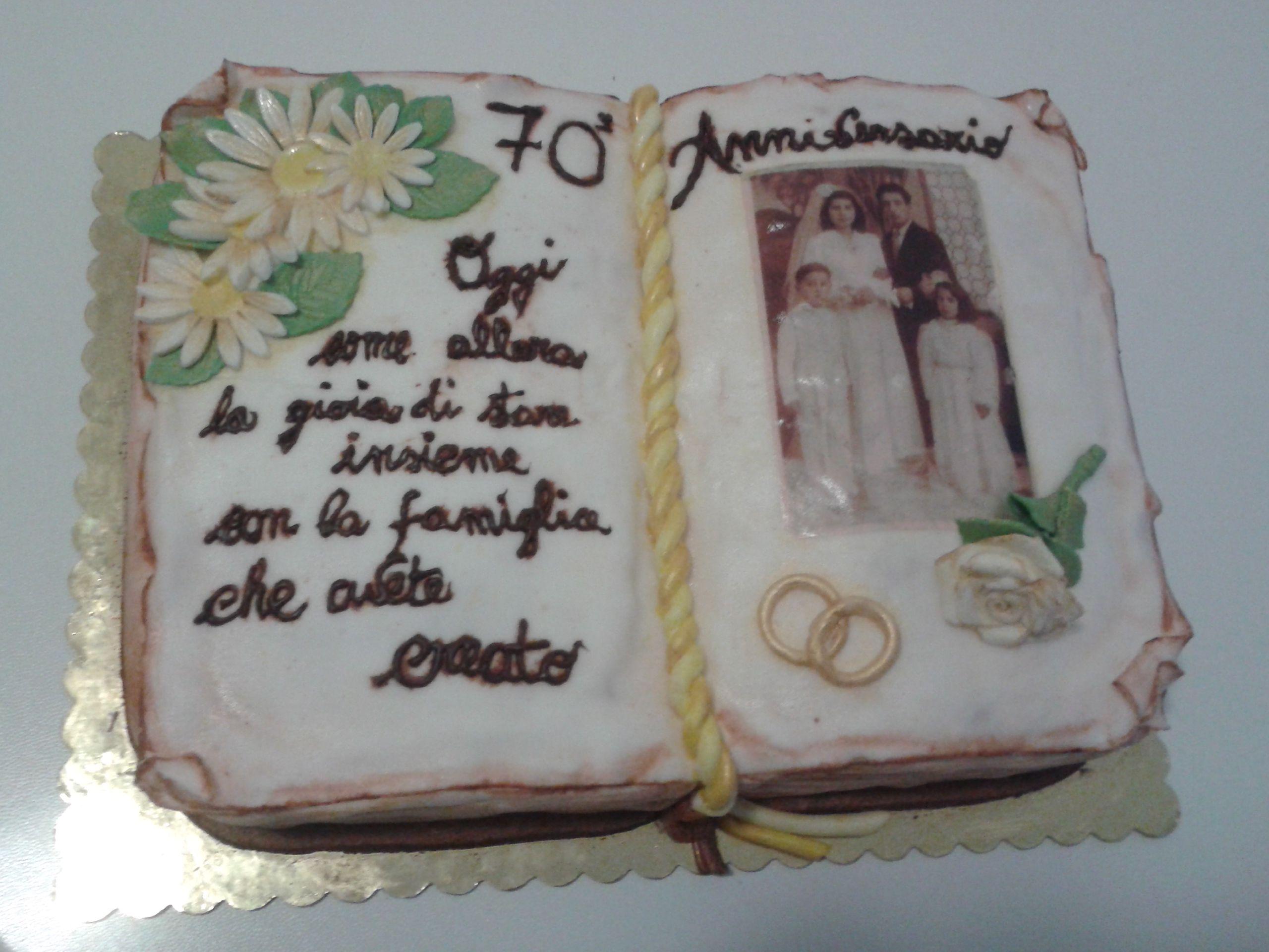 Torte Anniversario Di Matrimonio Pasta Di Zucchero.Torta Libro Per Anniversario Di Matrimonio In Pastadizucchero