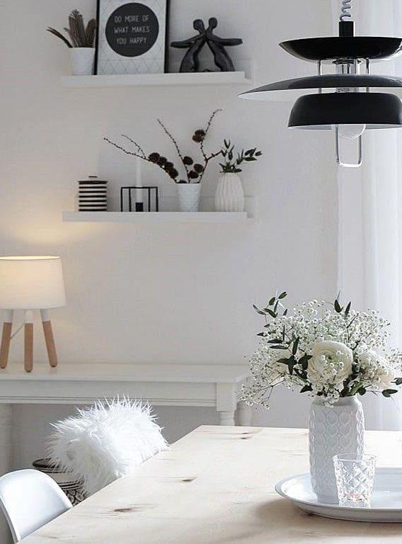 White Elegance In Sem Hellen Esszimmer Stimmt Einfach