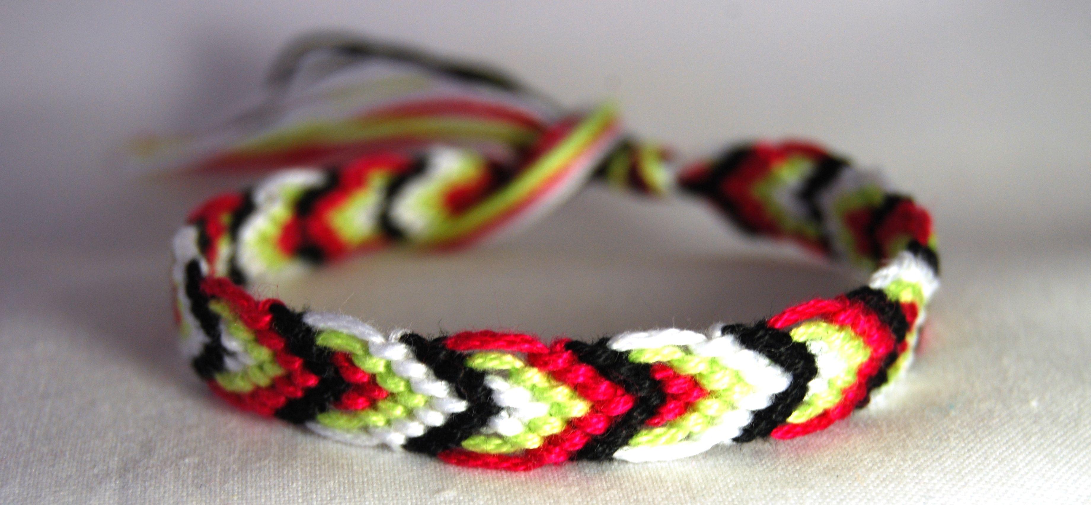 Medium leaves friendship band friendship bracelet
