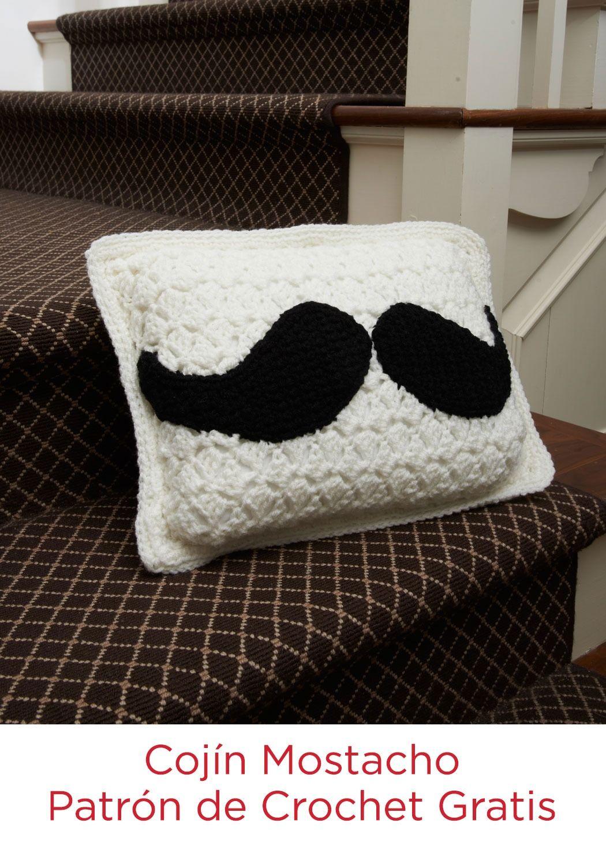 Cojn mostacho instruccin a gancho instrucciones gratis mustache pillow free crochet pattern from red heart yarns bankloansurffo Images