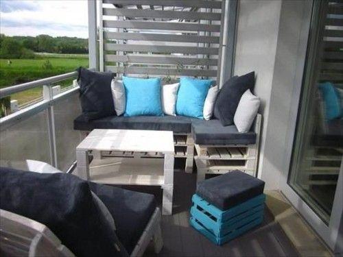 Houten Balkon Meubels : Houten paletten bank op balkon paletten in pallet