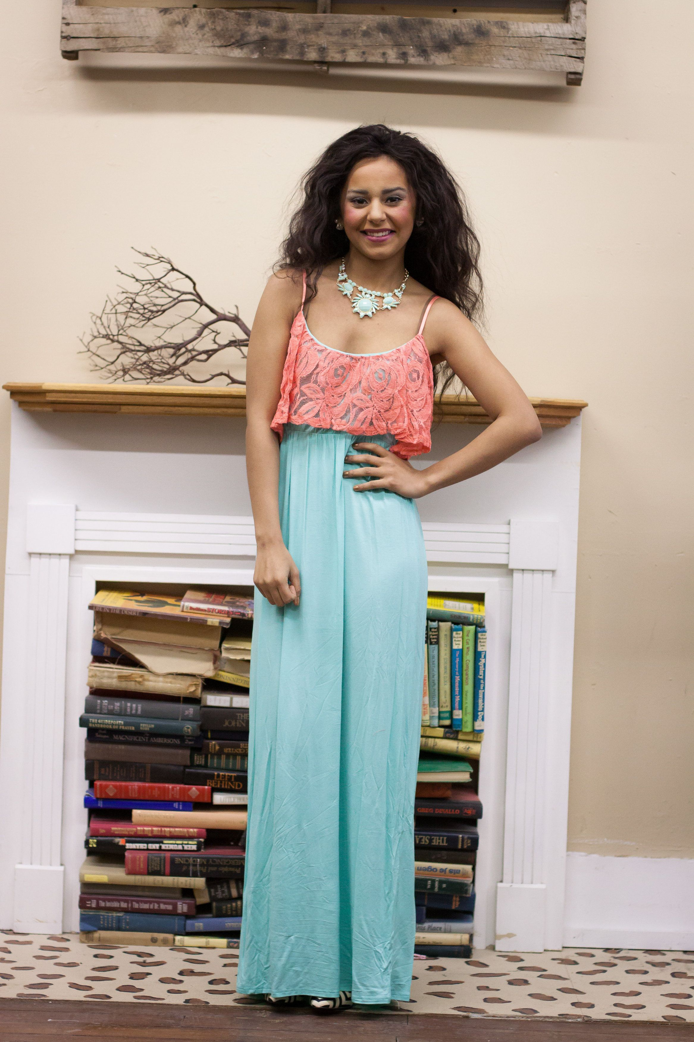 Dresses, Maxi Dresses! Fun cute dresses, tops, at affordable prices!  Ladies you will love it!  www.facebook.com/badhabitboutique