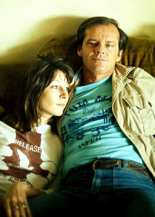 nedhepburn:  Jack Nicholson and Anjelica Huston, 1976. I miss this kinda thing.