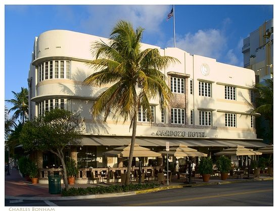 Miami Beach The Art Deco Cardozo Hotel 1939 By Henry Hohauser Ocean Drive They Serve à Great Breakfast Hotels In
