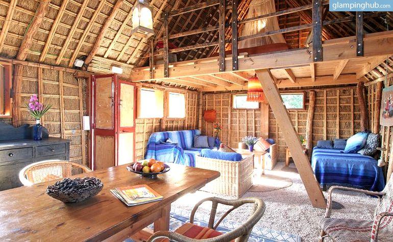 Traditional Straw Houses In Ca Nos De Meca Southern Spain Hoteles Camping De Lujo Casas Rurales
