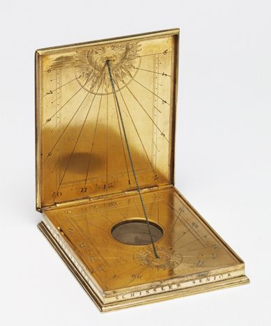Diptych compass-sundial in gilt-brass, etched and engraved ca. 1581  Augsburg Germany