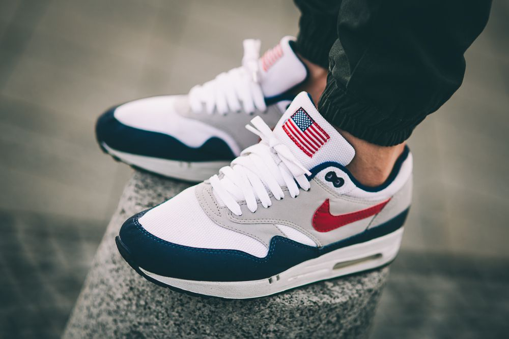 new style 750da 41135 Nike Air Max 1 USA airmax1 usa sneakers