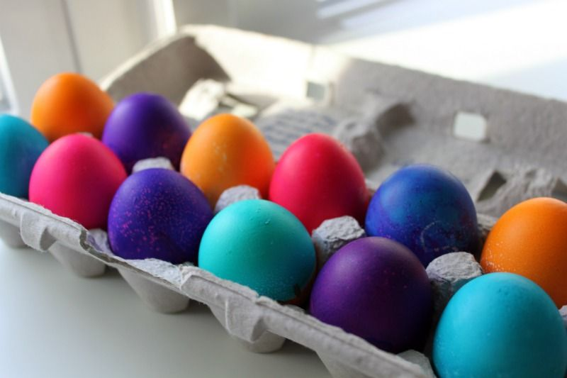 How-to-Dye-Bright-Easter-Eggs-with-food-coloring- | Cupboard, Easter ...