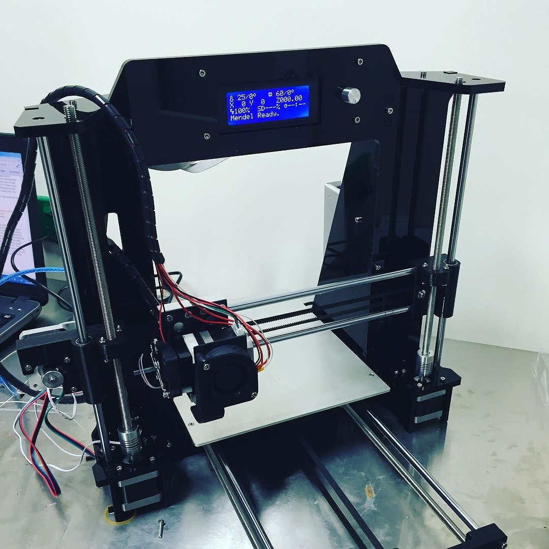 Something we liked from Instagram! Finally got around to finish making this bad boy #3dprinter by msr_92_ check us out: http://bit.ly/1KyLetq
