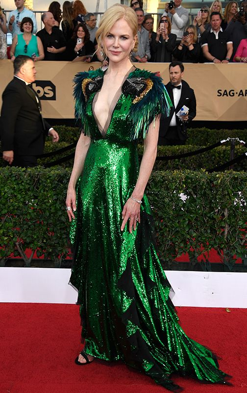 The Best-Dressed Men & Women at the 2017 SAG Awards #RueNow