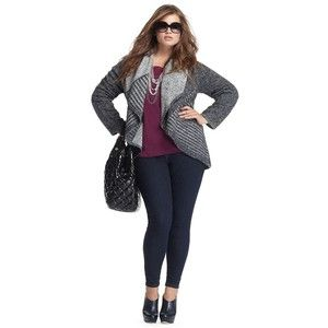 plus size women skinny jeans and cardigan outfit | Outfits I Love