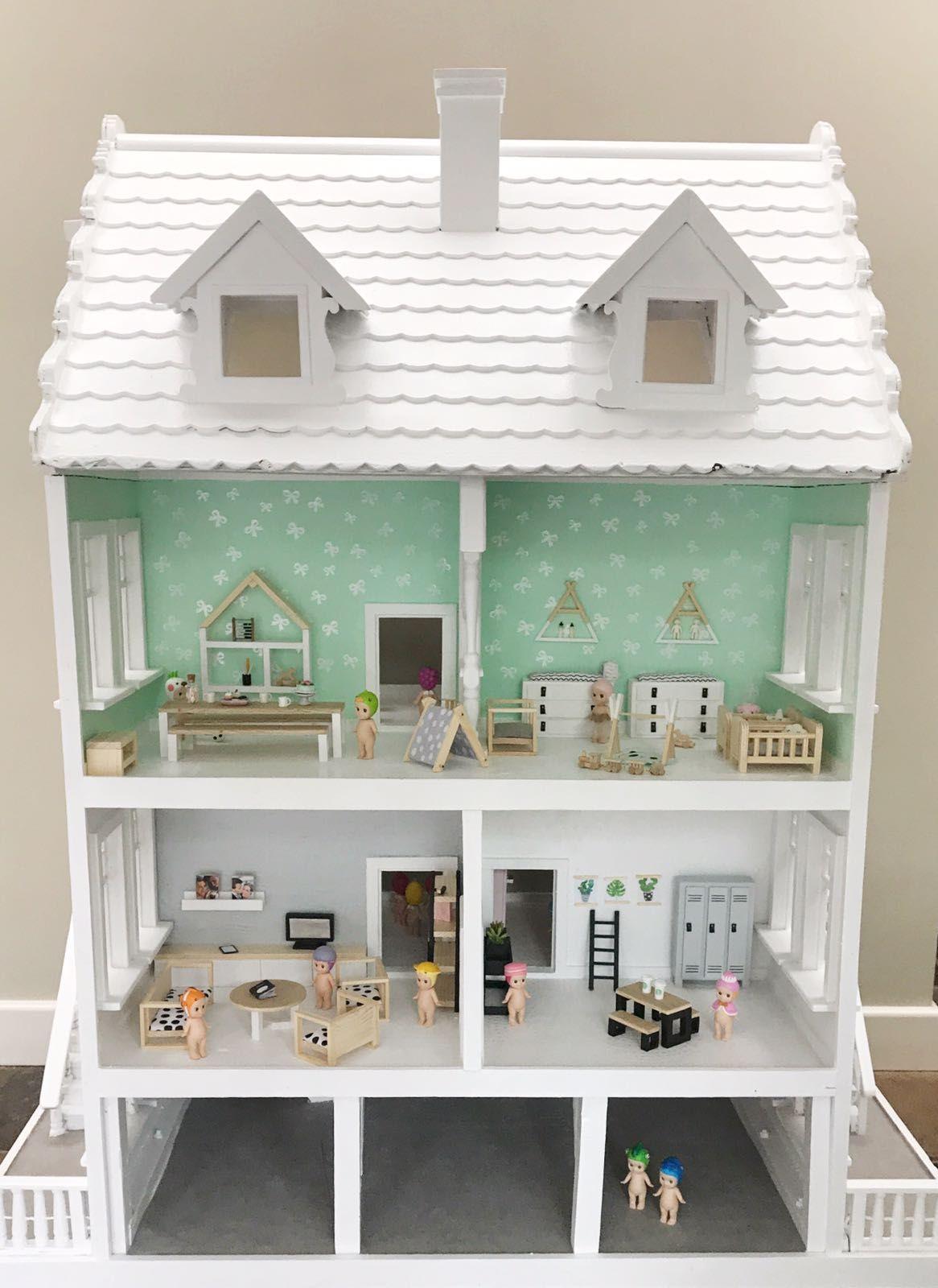 Big dollhouse renovatiion wit poppenhuis handgemaakte for Meubels poppenhuis