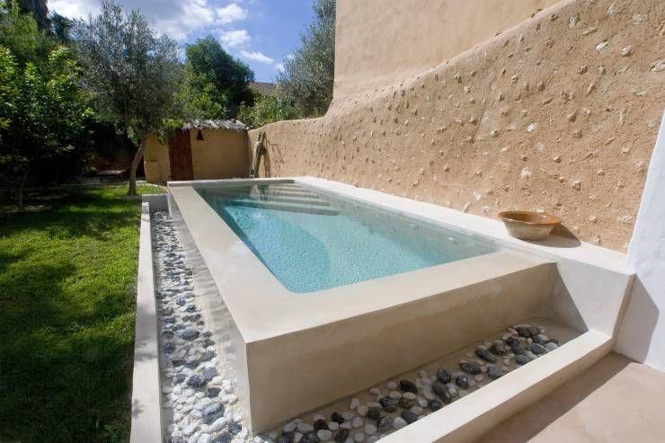 10 piletas elevadas que van bien en cualquier patio for Diseno de piscinas pequenas