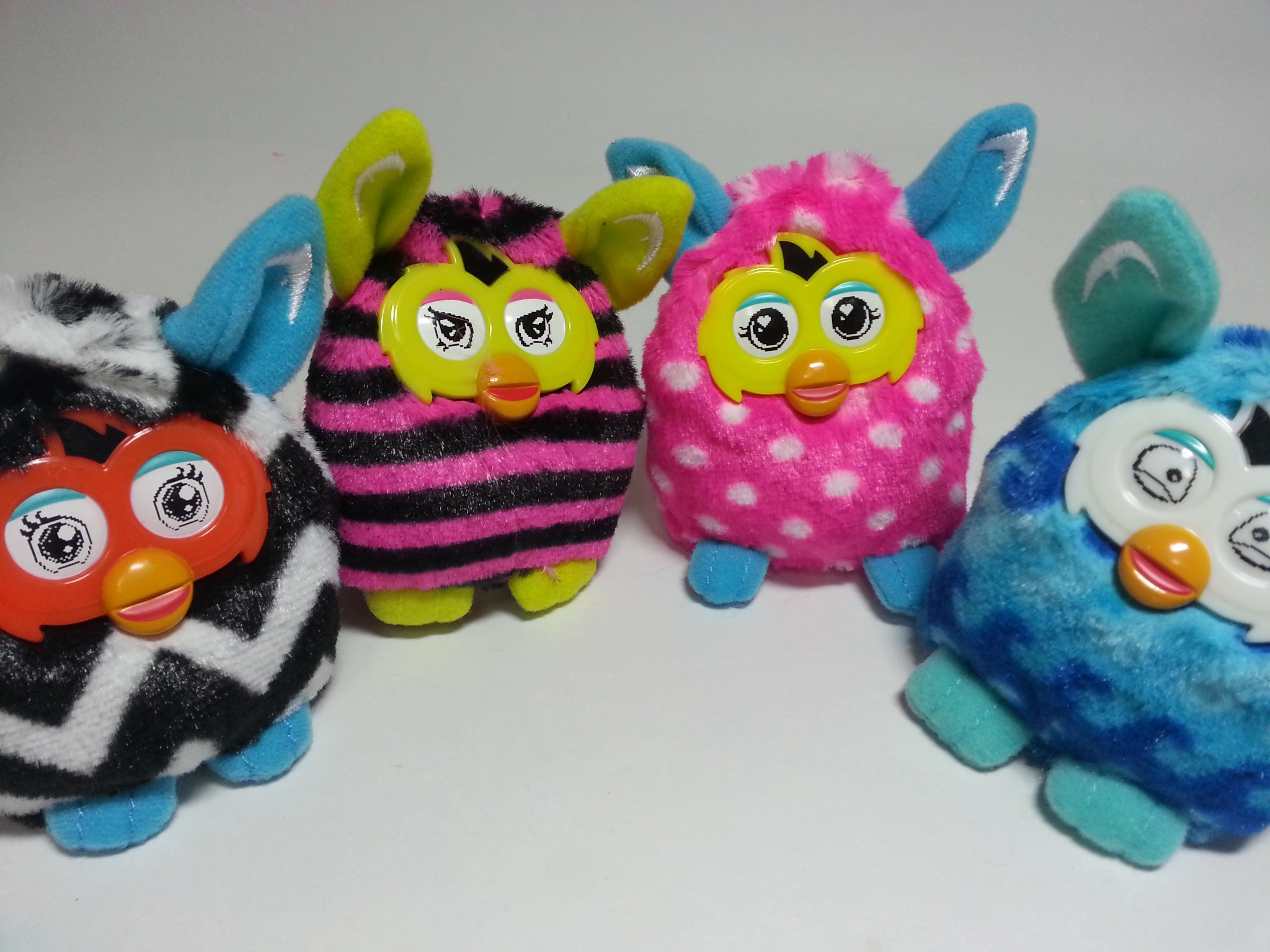 Mcdonalds Happy Meal Furby November 2015: Plush Blue Waves, Straight Stripes HD ‪#‎happymeal‬ ‪#‎mcdonalds‬ ‪#‎Furby‬