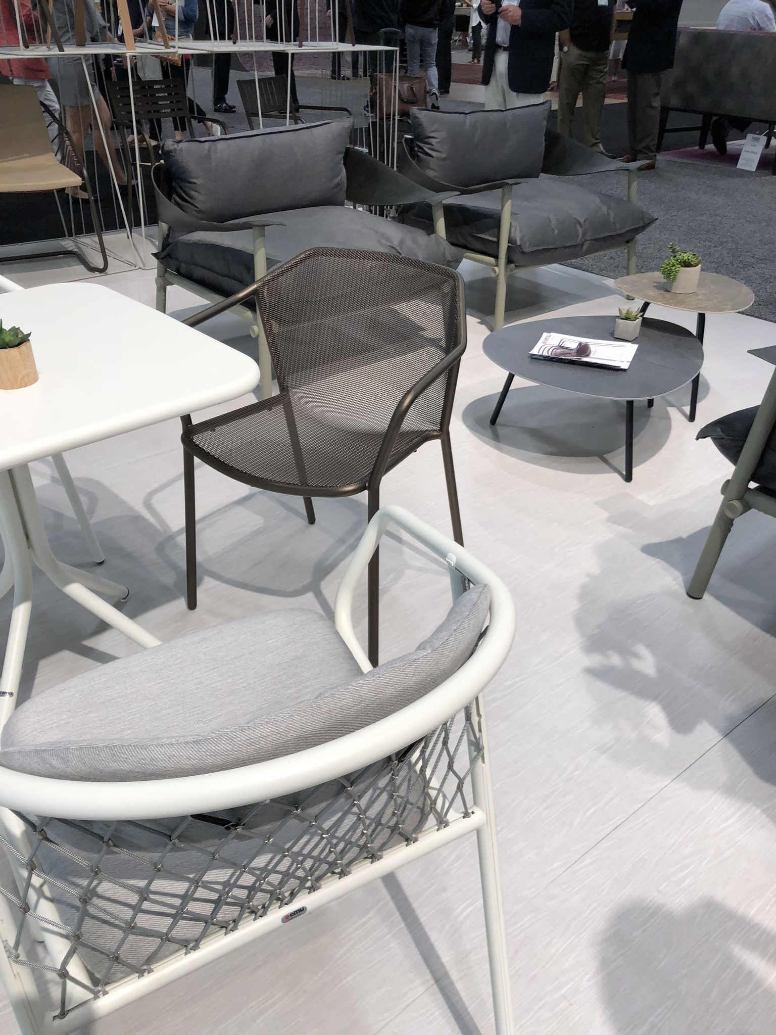 Nice inexpensive outdoor seating with without memory foam cushion soooo comfortable