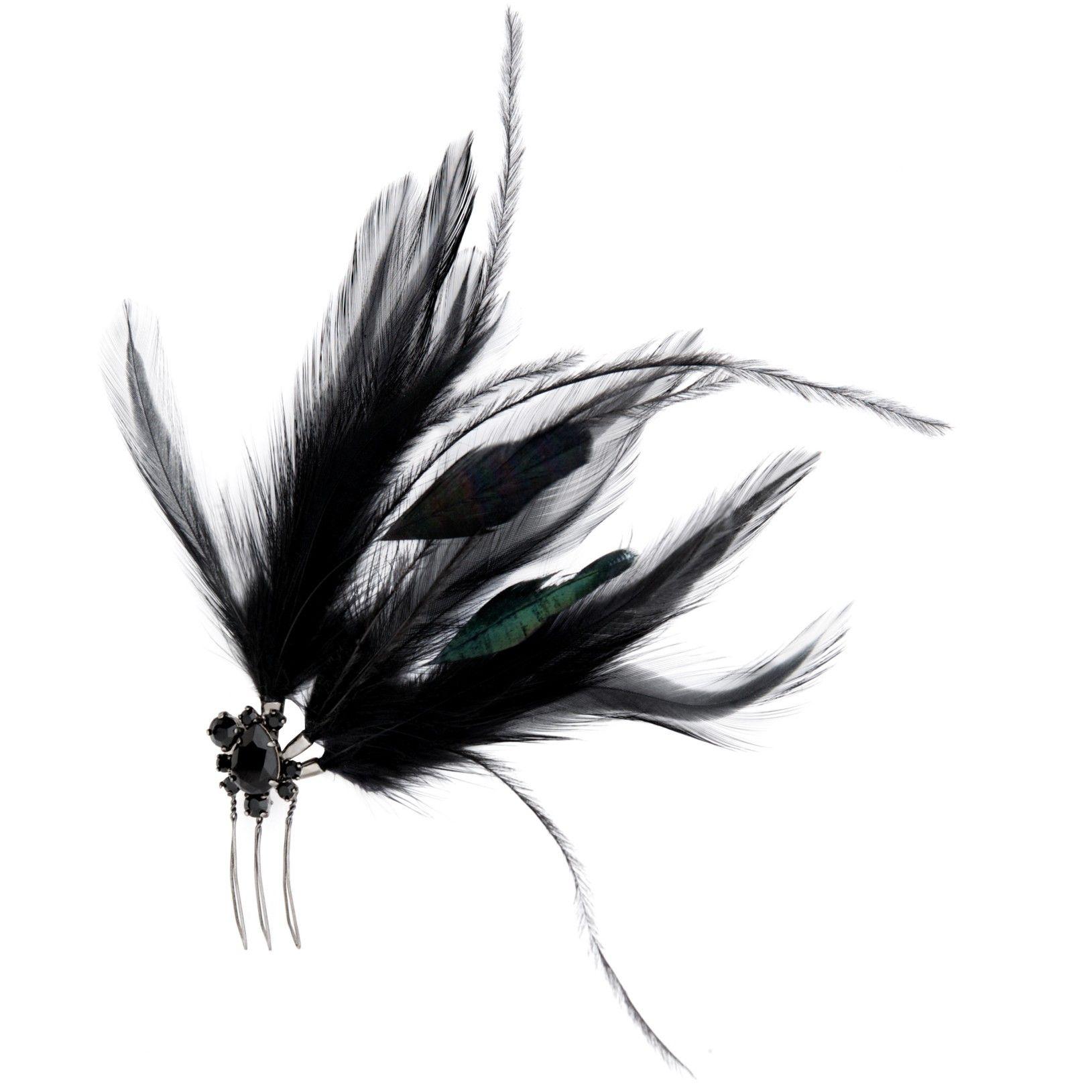 Moulin Rouge by On Aura Tout Vu  Une touche de glamour dans votre chevelure avec ce bijou pour cheveux ornementé de cristaux Swarovski®, de plumes de coq et barbe d'autruche provenant de la Maison Février, célèbre plumassier du Moulin Rouge Le peigne plume, l'accessoire idéal pour parfaire une tenue de soirée, ou de toutes autres occasions particulières.  http://www.moulinrougestore.com/peigne-plume.html