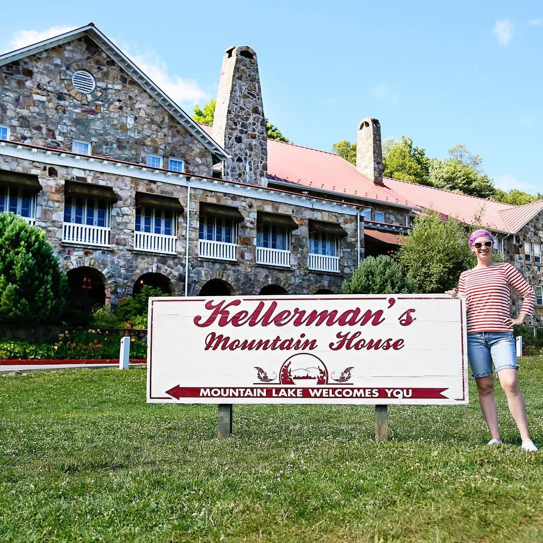 While vacationing in virginia in the fall of 2020, we stayed a night at mountain lake lodge. Pin On Destination Movie Set