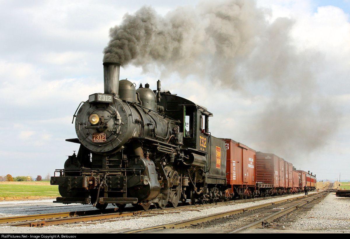 появляются фотографии старых паровозов фактически