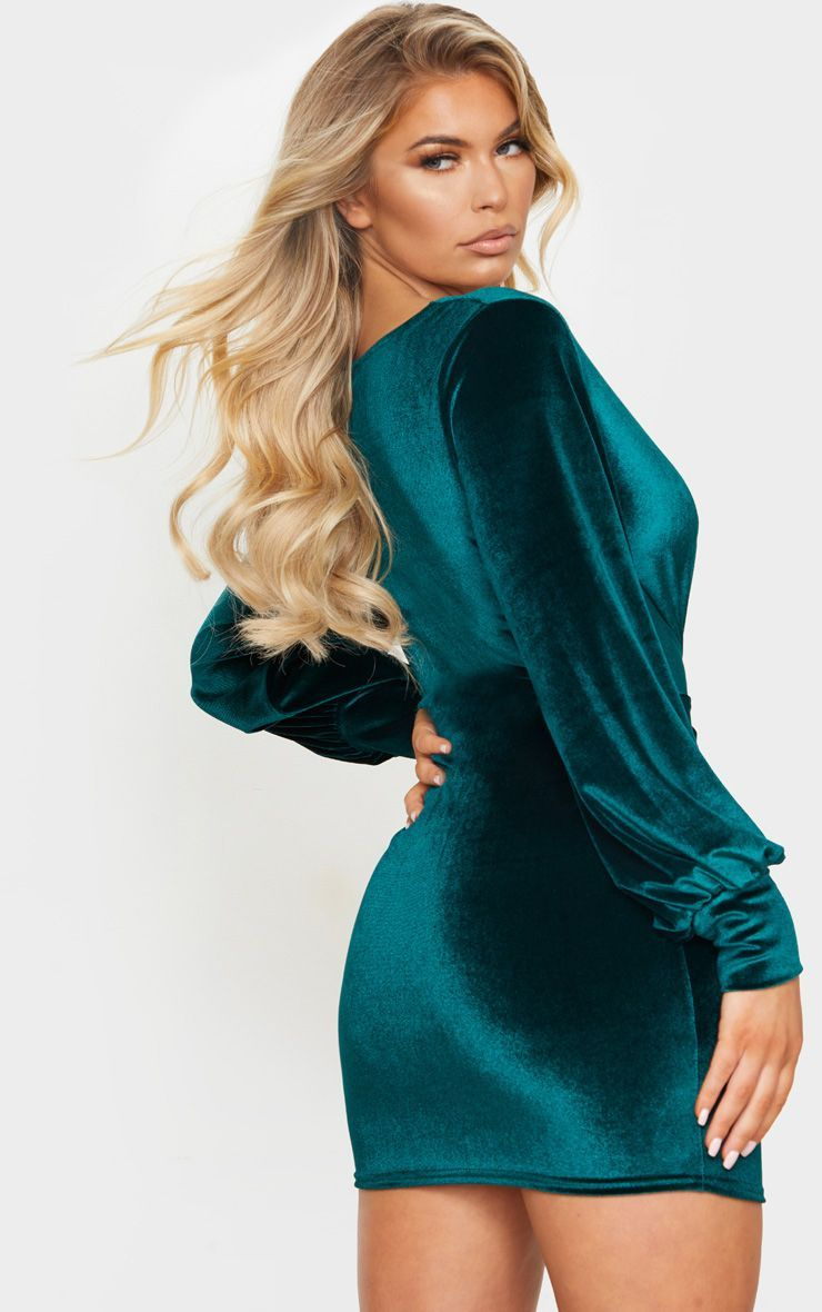 Emerald Green Velvet Long Sleeve Plunge Knot Detail Bodycon Dress Bodycon Dress Fashion Dresses With Sleeves [ 1180 x 740 Pixel ]