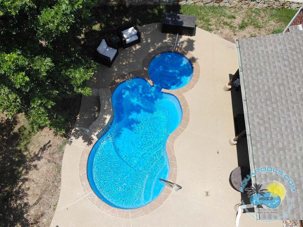 Malibu Model Fiberglass Pool By Aquamarine Pools Aquapools Com Fiberglass Pools Fiberglass Pool Installation Spa Pool