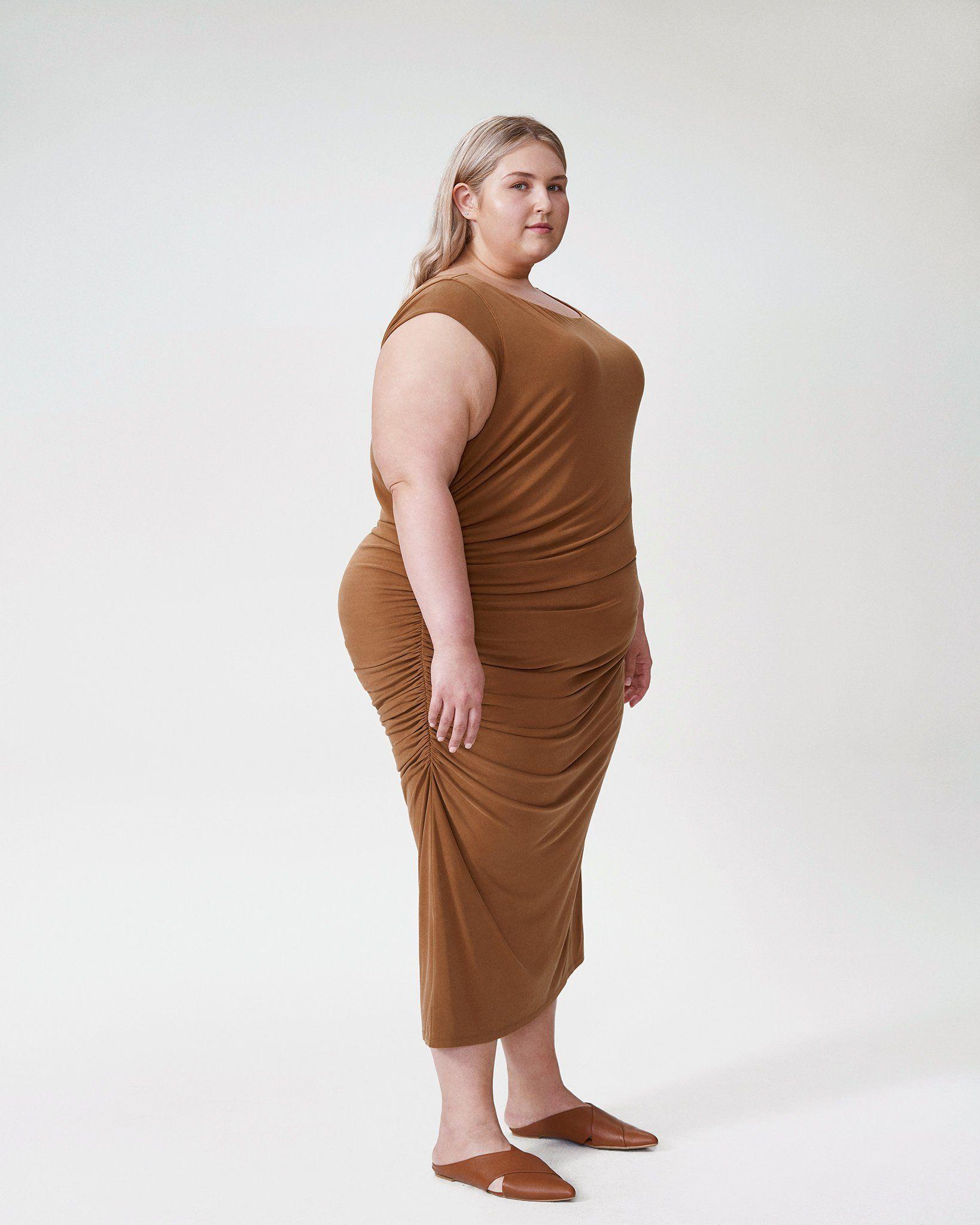 Rachel Ruched Dress - Caramel | Universal Standard